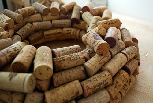 Diy wine corks 10 crafts to do at home fabfitfun for Wine cork crafts guide