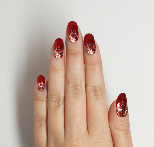 Christmas Nail Art Tutorial Gingerbread Galore: 4 DIY Nail Looks That Will Spice Up Your Holiday Wardrobe