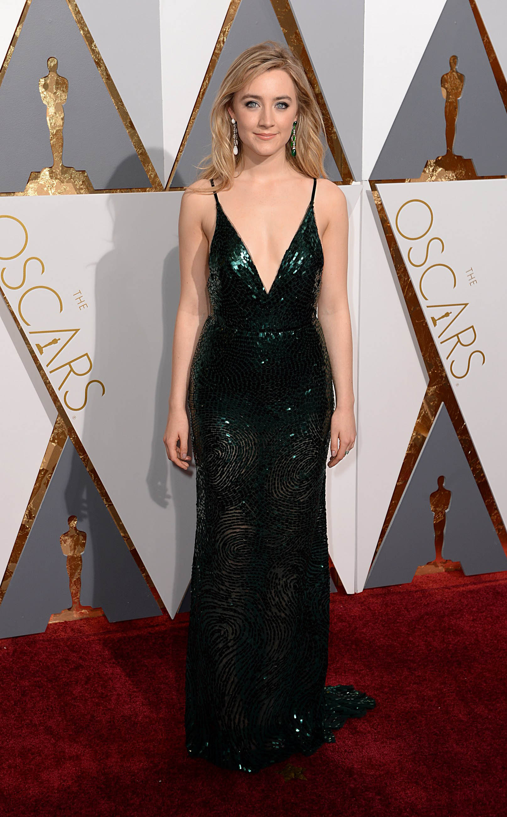 Photo by: PD/starmaxinc.com STAR MAX 2016 ALL RIGHTS RESERVED Telephone/Fax: (212) 995-1196 2/28/16 Saoirse Ronan at the 88th Annual Academy Awards (Oscars) in Hollywood, CA. (Los Angeles, USA)